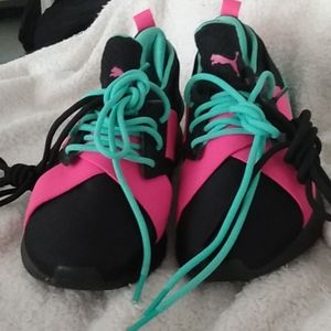 Womens Puma IGNITE athletic shoes